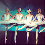 На сцені Національної опери України (Марія зліва)