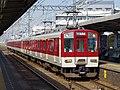 近鉄1437系 堅下駅にて 2012.10.25 - panoramio.jpg