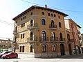 019 Casa Busquets, cra. d'Olot 12 - c. Indústria (Ripoll).jpg
