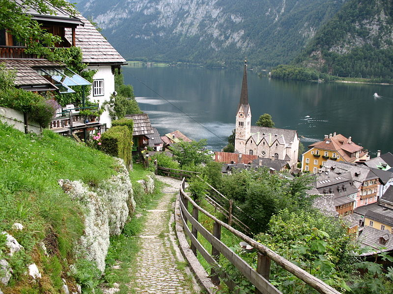 Is this the most peaceful place on Earth? Hallstatt ...