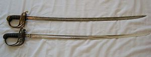 """Gothic hilted British infantry swords (1822, 1827, 1845, 1854 and 1892 patterns) - Comparison of the 1822 """"pipe-backed"""" and 1845 """"fullered"""" blades"""