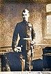 1900 circa, Willi Roerts, Prinz Georg Wilhelm von Braunschweig-Lüneburg, Atelieraufnahme, Bildseite.jpg