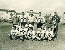 1928–29 S.S. Ambrosiana in its white and red Crociata shirt d70b6ee4e