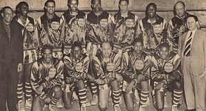 Harlem Globetrotters - 1950 World Series Harlem Globetrotters with owner Abe Saperstein (right) and team secretary W. S. Welch (left)