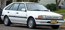 1985-1987 Ford Laser (KC) Ghia 5-door hatchback 01.jpg