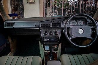 Mercedes-Benz W201 - 1985 Mercedes-Benz 190 E Interior