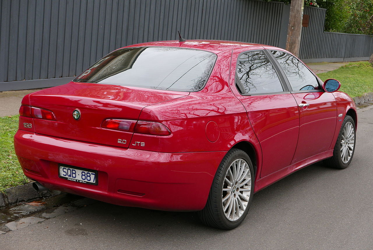 File:2004 Alfa Romeo 156 (MY04) JTS sedan (2015-07-09) 02.jpg