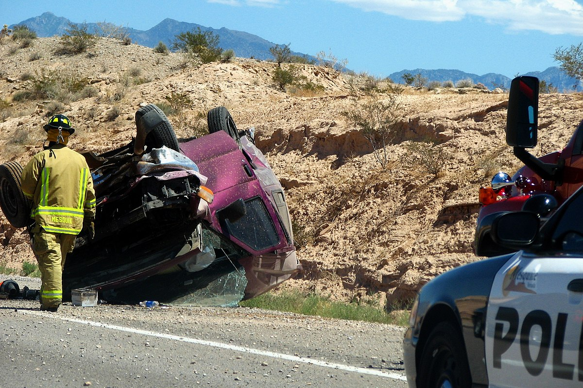 2006-08-19 - Road Trip - Day 27 - United States - Utah - Car Crash - Police 4888917527.jpg