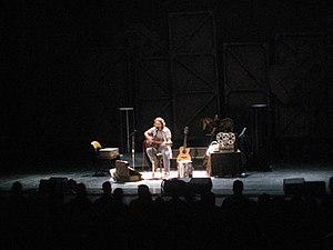 English: Eddie Vedder at Auditorium Theater