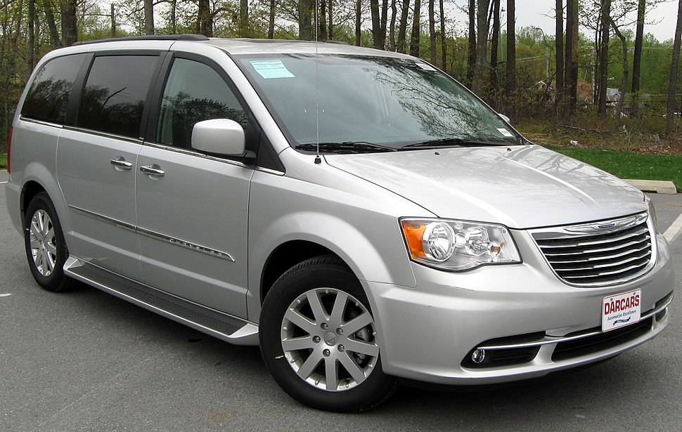 2011 Chrysler Town %26 Country Touring - L -- 04-22-2011