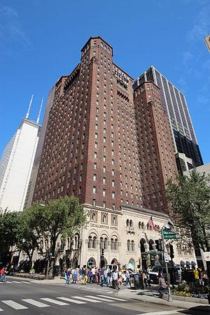 Warwick Allerton - Chicago - Image: 20120929 Allerton Hotel