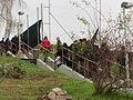 2015-11-17 Praha – studenti se musí vrátit zpět po Starých Albertovských schodech (IMG 3380).JPG
