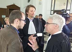 Luxembourg Leaks - Antoine Deltour and his lawyers Mr. Penning (at the centre) and Mr. Bourdon (on the right) at the Criminal Court of Luxembourg.
