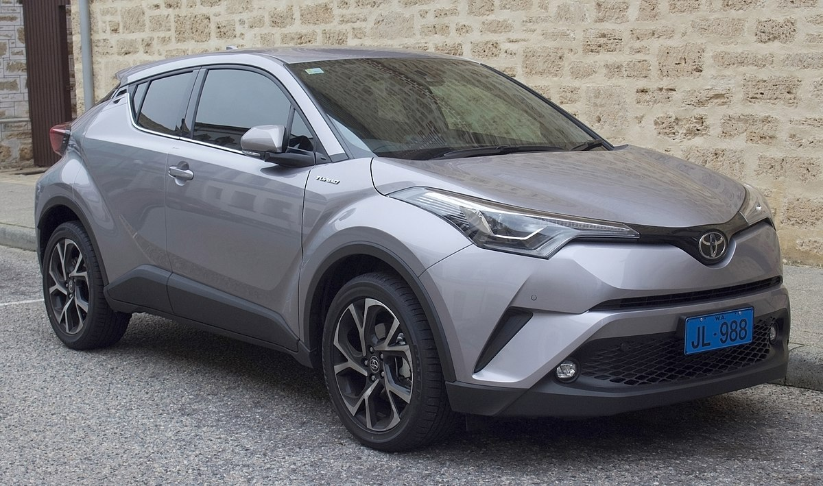 1200px-2017_Toyota_C-HR_(NGX10R)_Koba_2W