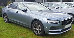 2017 Volvo S90 Momentum D4 Automatic 2.0 Front.jpg