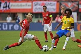20180610 FIFA Friendly Match Austria vs. Brazil Schager Willian 850 2007.jpg