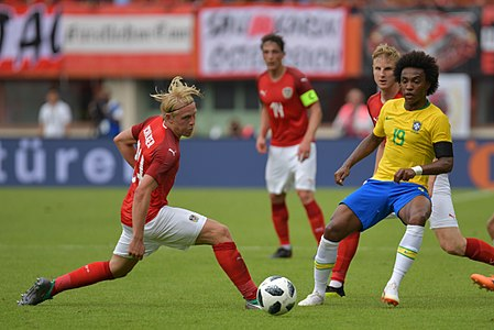 20180610 FIFA Friendly Match Austria vs. Brazil Schager Willian 850 2007.jpg