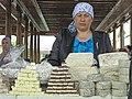 218 Dehqon Siyob Bozori, mercat agrícola de Siyob (Samarcanda), parada de dolços.jpg