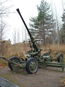 40mm bofors AA-gun in Finland.JPG
