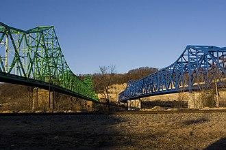 Coal Grove, Ohio - Twin bridges linking Coal Grove to Ashland