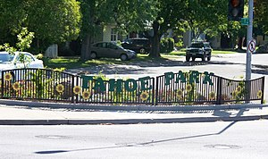 Tahoe Park, Sacramento, California - Image: 59th Street Gateway to Tahoe Park Sacramento neighborhood