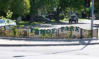 Tahoe Park, Sacramento, California - Image: 59th Street Gateway to Tahoe Park Sacramento neighborhood