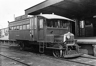 Mornington railway station - An AEC Railmotor at mornington