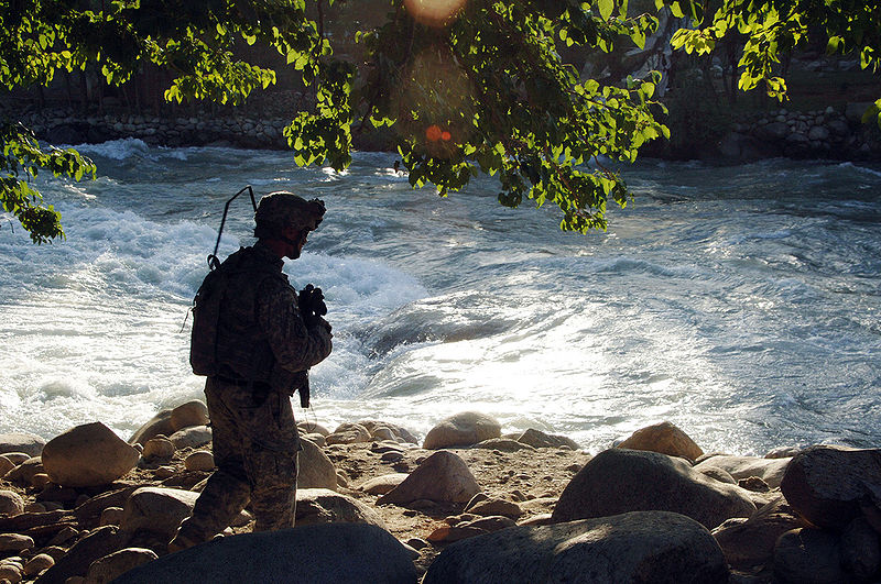 File:A U.S. Army Staff Sgt. of the Provincial Reconstruction Team conducts a patrol through the village of Kowtalay in the Nuristan, June 12, 2007.jpg