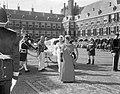 Aankomst van prinses Margriet en prinses Christina bij de Ridderzaal, Bestanddeelnr 919-5767.jpg