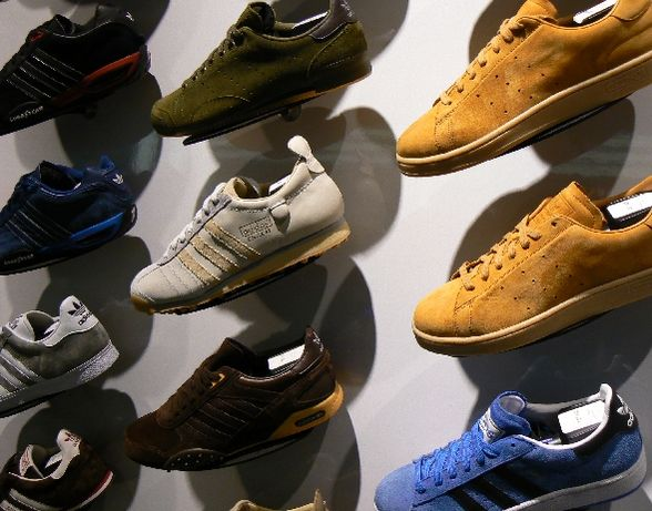 e06518632f4f List of shoe styles - The complete information and online sale with free  shipping. Order and buy now for the lowest price in the best online store!