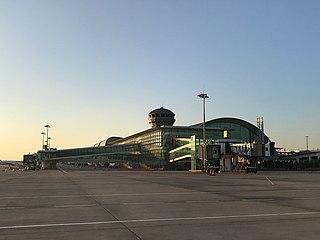 İzmir Adnan Menderes Airport International airport in İzmir, Turkey