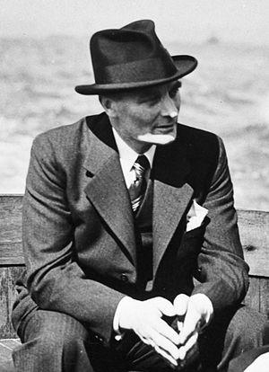 Adriaan Dijxhoorn - Adrianus Dijxhoorn in 1940–41