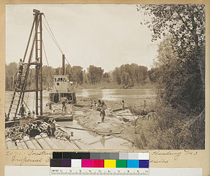 Alamo Canal - Image: Alamo Canal Heading 3 Dike 1905