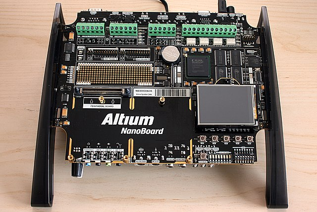 File:Altium NanoBoard 3000 AB JPG - Wikimedia Commons