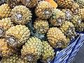 Ananas en vrac.jpg