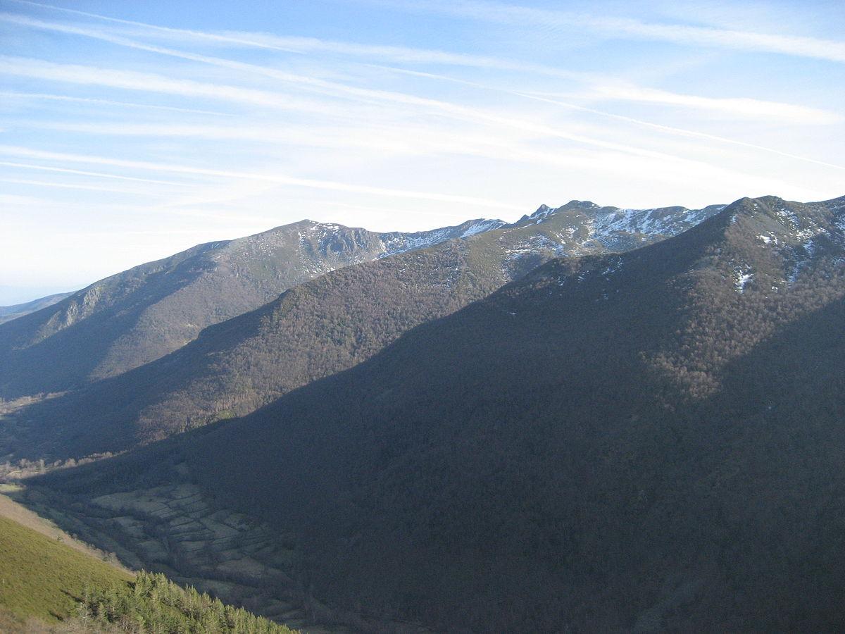 Sandstone Elevation : Serra dos ancares wikipedia