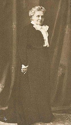 Andrée, Elfrida i VJ 6 1916.jpg