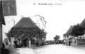 Arandon, la place, 1925, p 11 l'Isère les 533 communes.tif