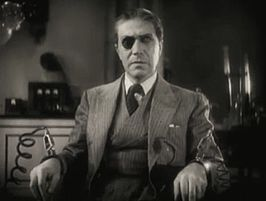 Arthur Edmund Carewe in Doctor X trailer.jpg