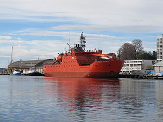 P&O Maritime Services - Aurora Australis docked at Hobart in 2010