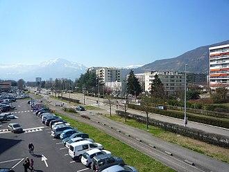 Meylan - The Avenue de Verdun, in Meylan