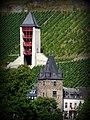 Bacharach – Alte und neue Türme - panoramio.jpg