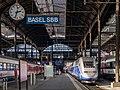 Basel SBB Bahnsteighalle mit TGV und SBB EW IV - 20121019.jpg