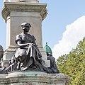 Belfast City Hall Queen Victoria Monument Weaving 2018 08 23.jpg
