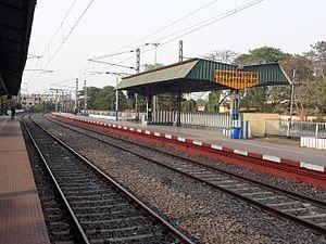 Berhampore Court railway station - Full views of Berhampur Court station