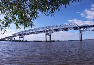 Betsy Ross Bridge - The continuous truss structure of the Betsy Ross Bridge