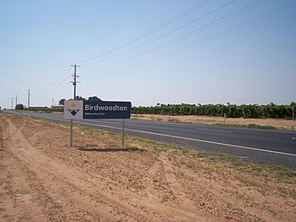 Birdwoodton, Victoria - Entering Birdwoodton