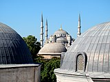 Blue Mosque From Aya Sofya 2009.jpg