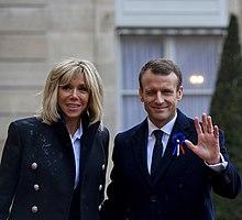 Emmanuel Macron con la moglie Brigitte Trogneux nel 2018