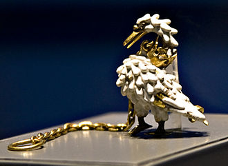 Medieval jewelry - The Dunstable Swan Jewel, a livery badge in gold and ronde bosse enamel, about 1400.